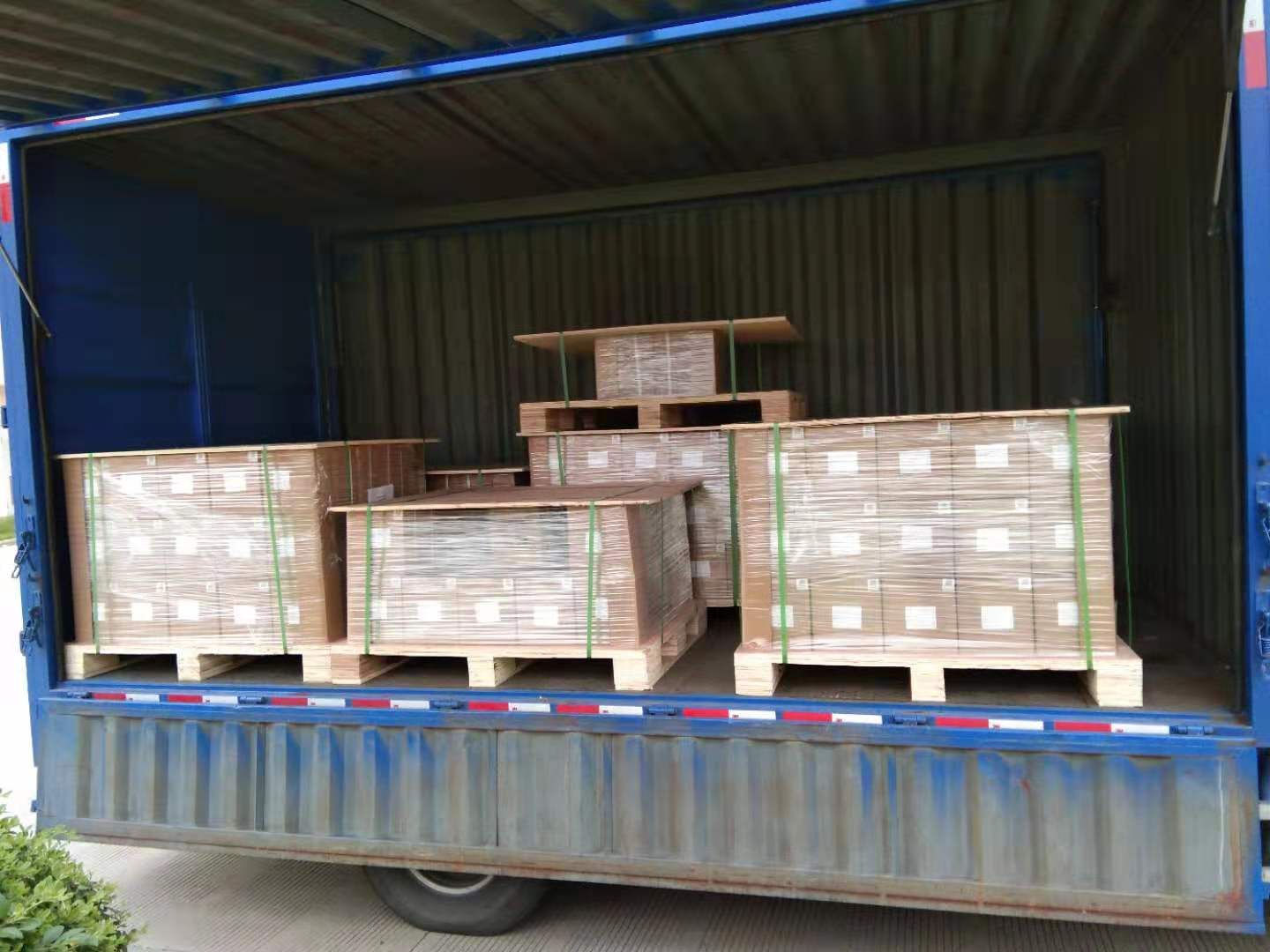 EDM wire delivery